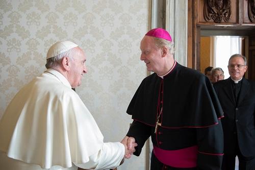 Mgr Crepy reçu par le pape en audience privée