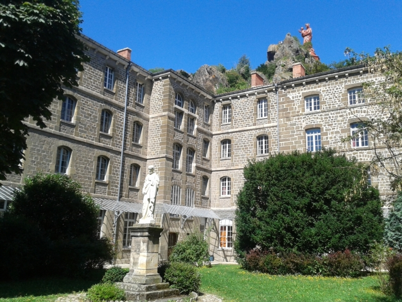 Accueil Saint-Georges : Au coeur du Puy