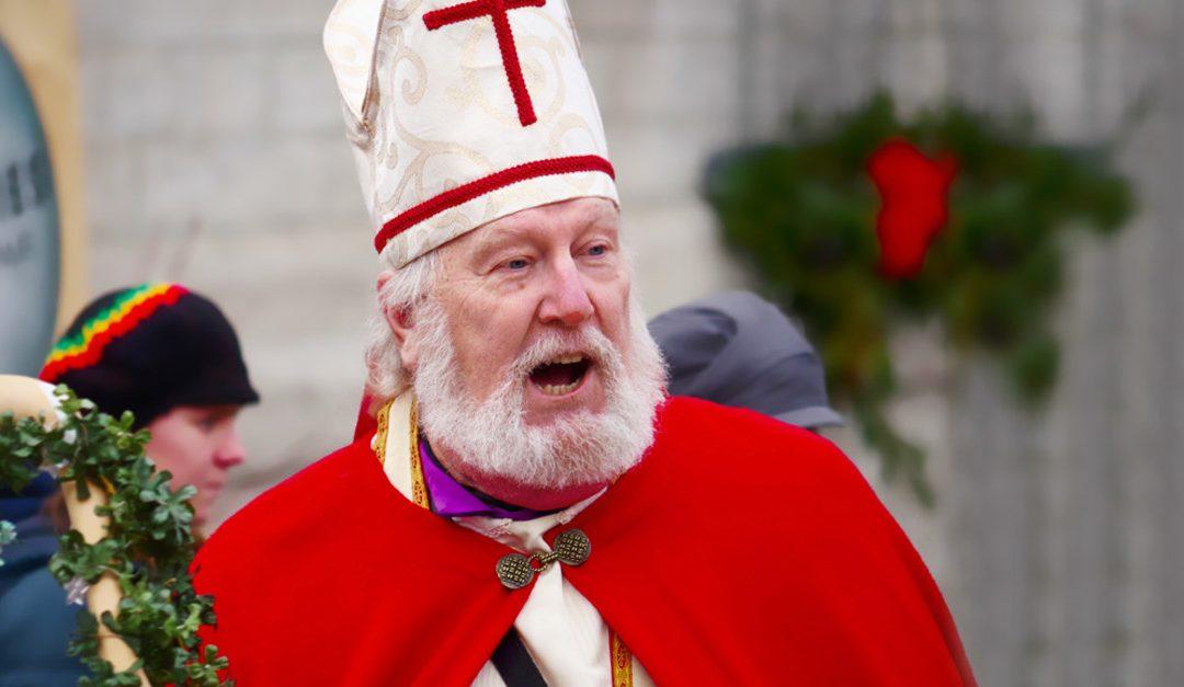 Le Père Noël est évêque ?