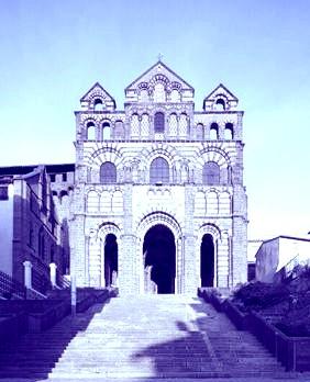 Découvrez le sanctuaire Notre-Dame du Puy grâce à Vodeus.tv