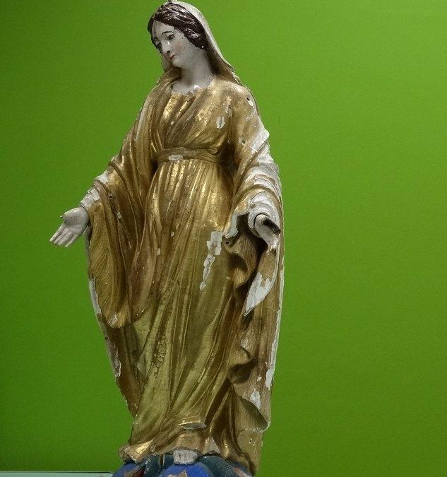 Restaurer la statue de la Vierge à Chaspinhac